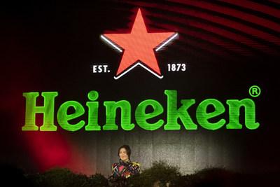 DJ, producer and singer Nina Kraviz performed at the Heineken® Greener Bar in Milan on Friday night to celebrate the start of the weekend's racing action at the Formula 1 Heineken Gran Premio d'Italia 2021_2